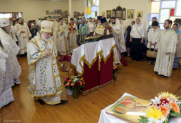Cambridge, Ontario, Canada. 2 May 2015. Archbishop Gabriel prepares for Consecration of the new church of Saint Patriarch Tikhon Confessor and New Martyrs of Russia, during sunday's Divine Liturgy. Fr. Eugene (Schukin) is the dean of the church. His Grace, the Right Reverend Gabriel (Chemodakov) is the ROCOR bishop of Montreal and Canada from May 2008. © Igor Ilyutkin